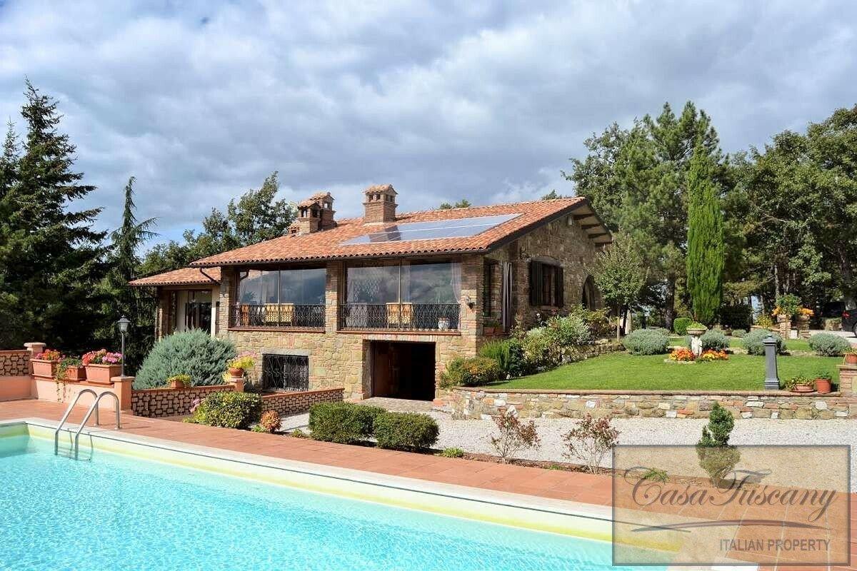 House in Passignano sul Trasimeno, Umbria, Italy 1 - 11382721