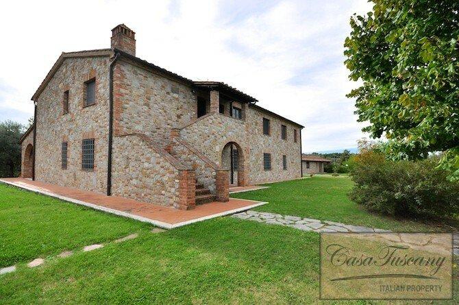 Apartment in Umbria, Italy 1 - 11382839
