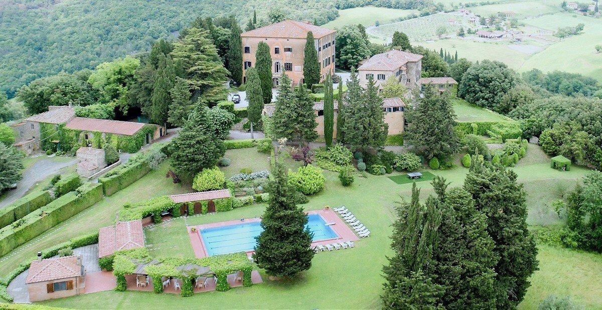 House in Volterra, Tuscany, Italy 1