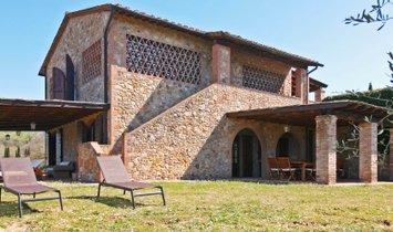 Country House in Castelfalfi, Tuscany, Italy 1