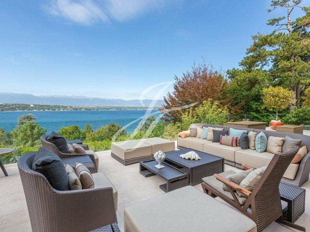 Villa in Cologny, Genève, Switzerland 1