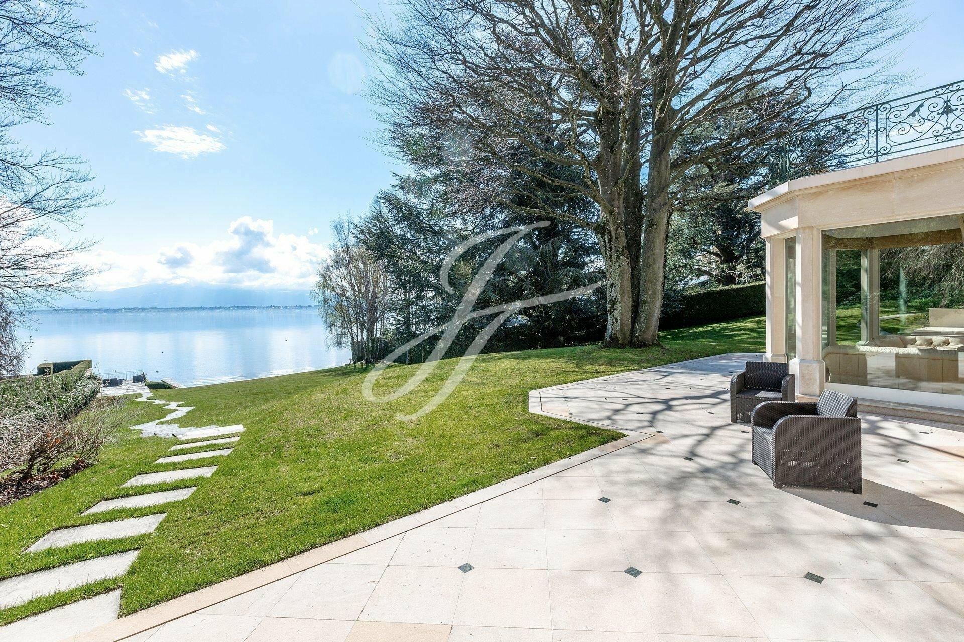 Villa in Mies, Vaud, Switzerland 1