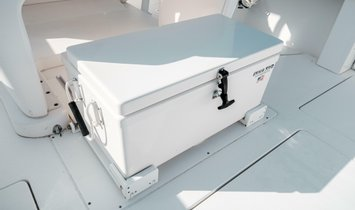 Intrepid 375 Center Console