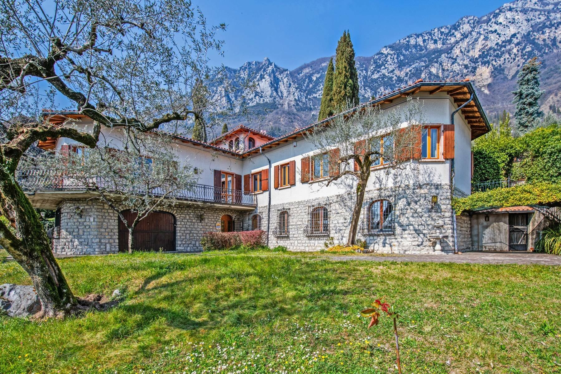 House in Gargnano, Lombardy, Italy 1