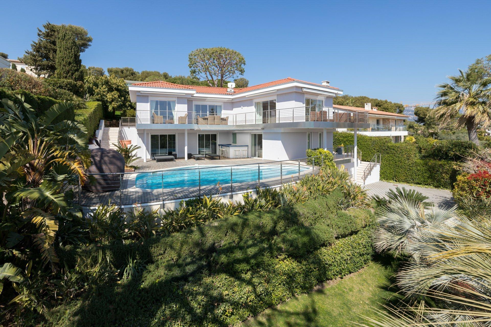 House in Saint-Jean-Cap-Ferrat, Provence-Alpes-Côte d'Azur, France 1 - 10926552