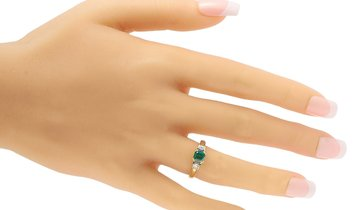 LB Exclusive LB Exclusive 18K Yellow Gold 0.73 ct Emerald And 0.30 ct Diamond Ring