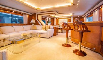 Azimut Raised Pilothouse