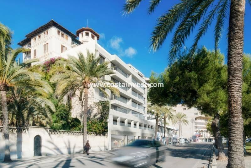 Penthouse in Palma, Illes Balears, Spain 1