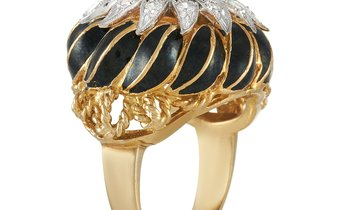 LB Exclusive LB Exclusive 18K Yellow Gold 0.75 ct Diamond and Enamel Cocktail Ring