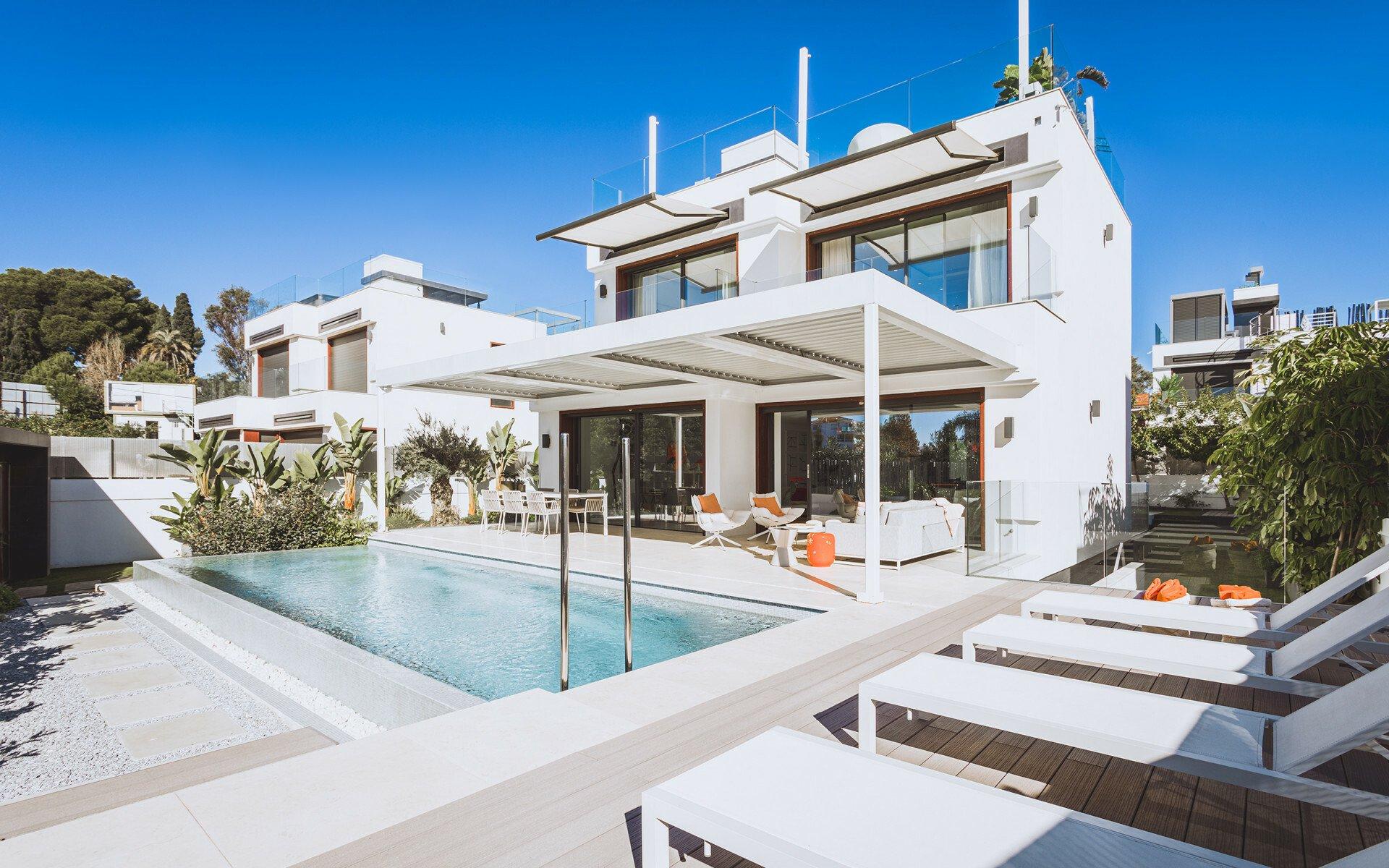 Villa in Marbella, Andalusia, Spain 1 - 11394798