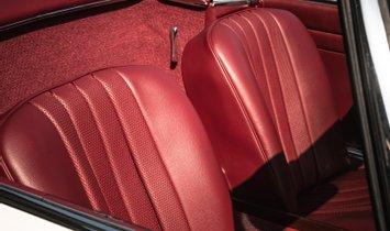 1966 Mercedes-Benz SL 230