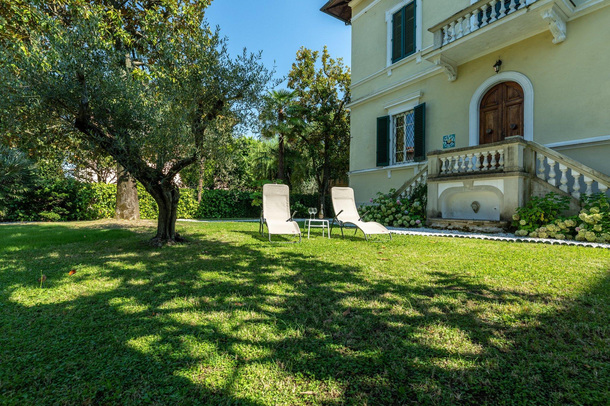 Villa in Lucca, Toskana, Italien 1 - 11396741