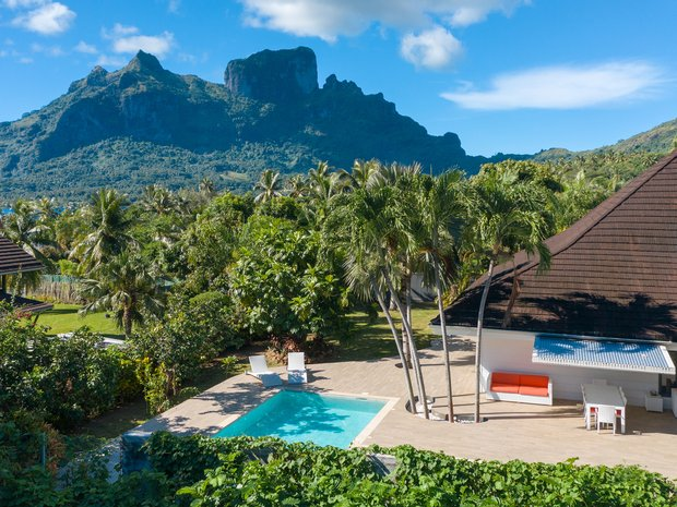 House in Bora-Bora, Leeward Islands, French Polynesia 1