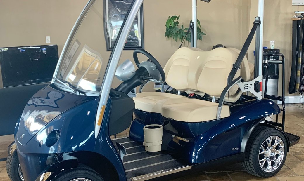 Garia Via Luxury Golf Car