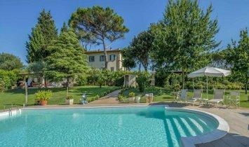Villa in Figline e Incisa Valdarno, Tuscany, Italy 1