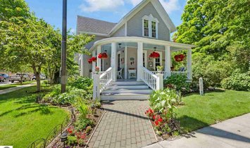 Casa en Fráncfort, Míchigan, Estados Unidos 1