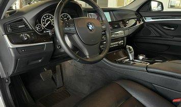 2014 BMW 5 Series 535i Sedan 4D
