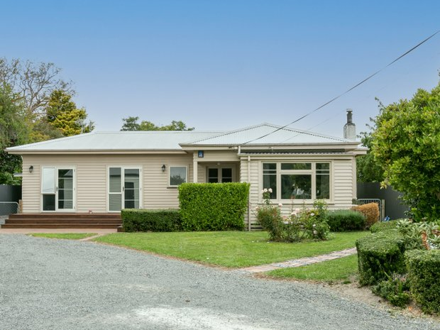 House in Longlands, Hawke's Bay, New Zealand 1