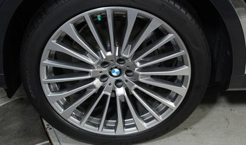BMW X7 xDrive50i