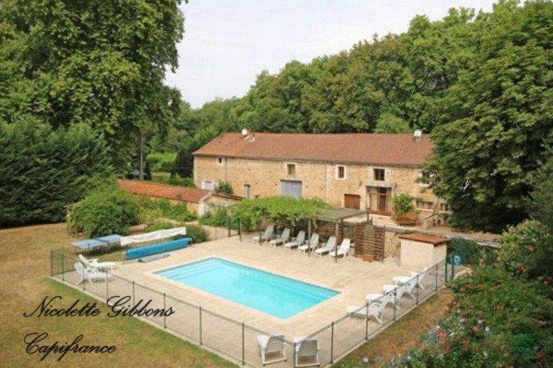 House in Saint-Jean-de-Côle, Nouvelle-Aquitaine, France 1 - 11394062