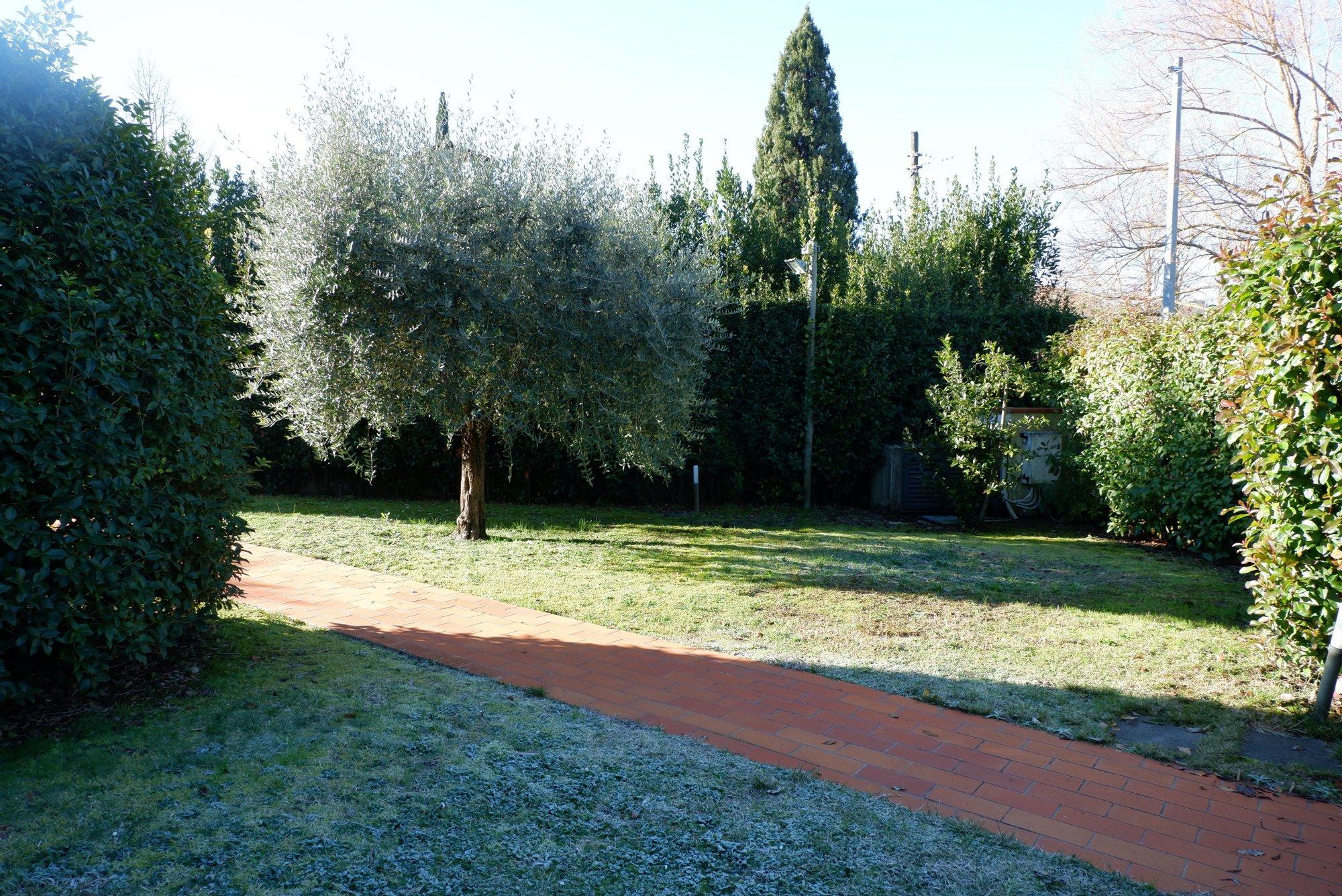 Villa in Lucca, Toskana, Italien 1 - 11412746