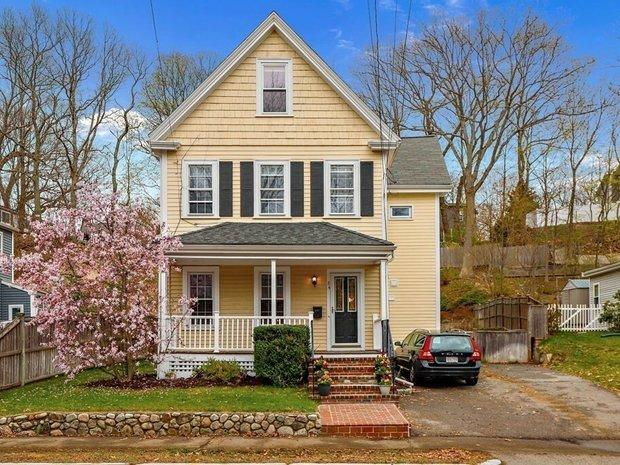 House in Wellesley, Massachusetts, United States 1