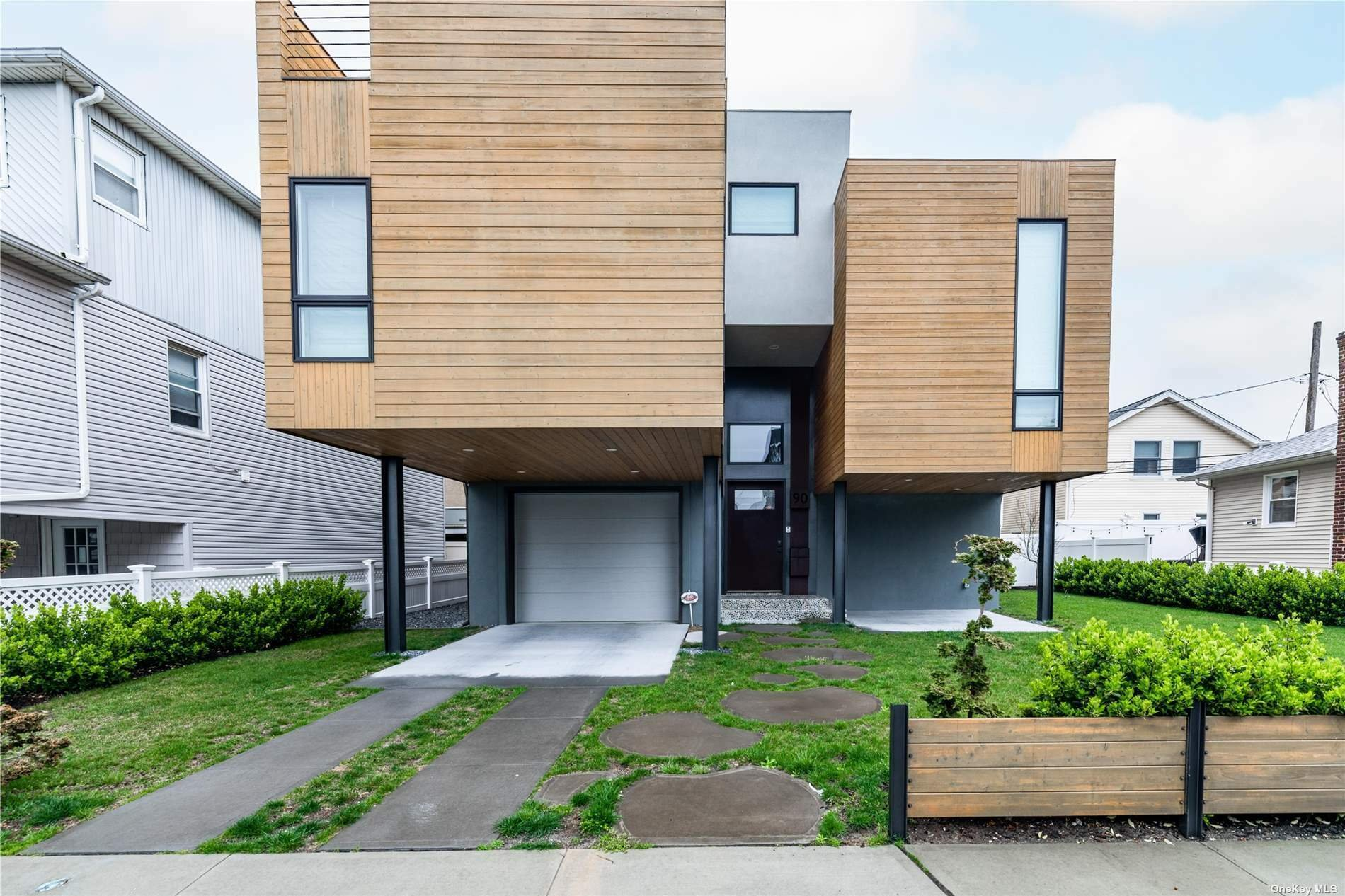 House in Long Beach, New York, United States 1 - 11411637