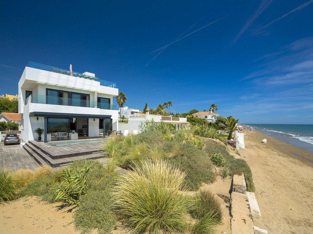 Villa in Marbella, Andalusia, Spain 1 - 11302608