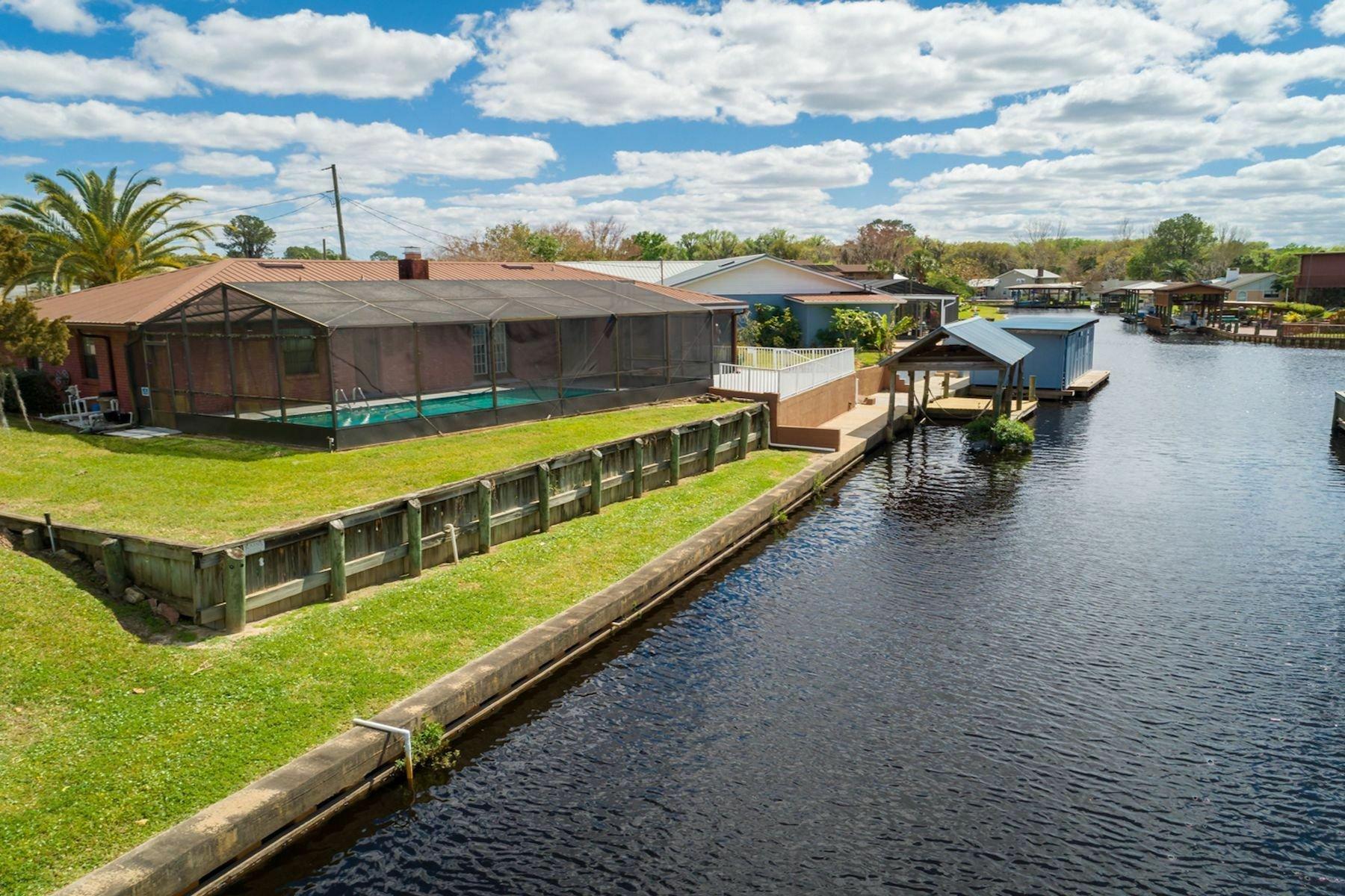 Casa a East Palatka, Florida, Stati Uniti 1 - 11413761