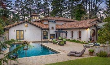 House in Marietta, Georgia, United States 1
