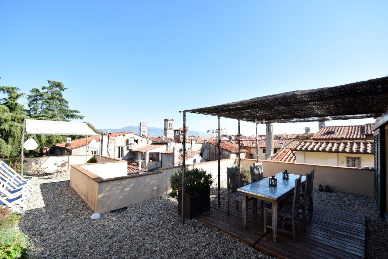 Apartment in Lucca, Tuscany, Italy 1 - 11415064