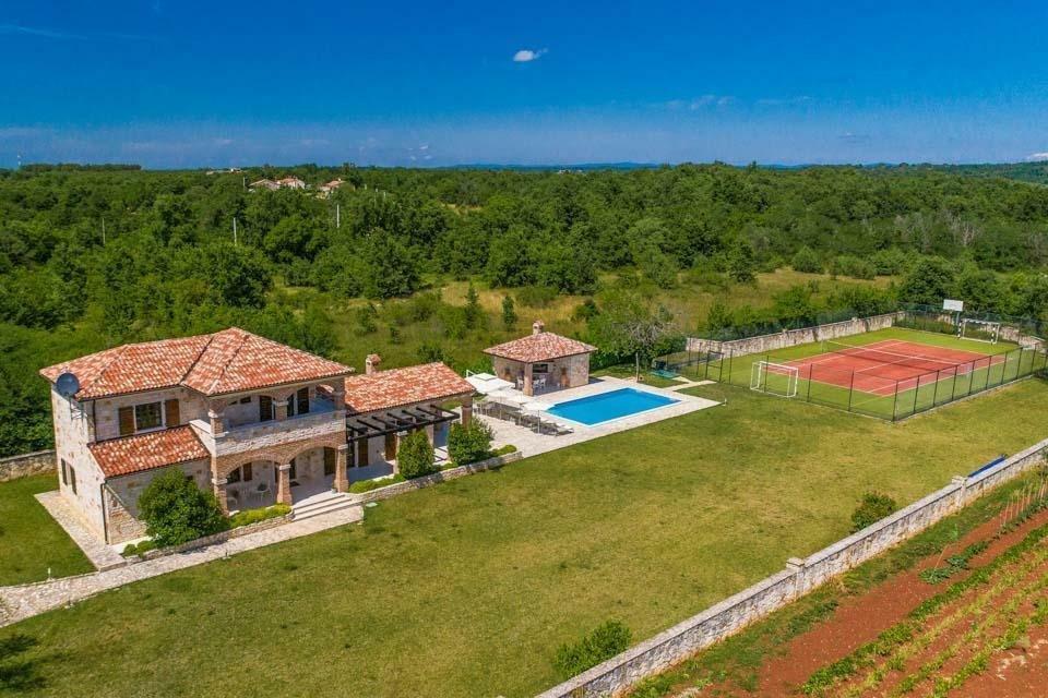 Villa in Sveti Lovreč, Istria County, Croatia 1 - 11415665