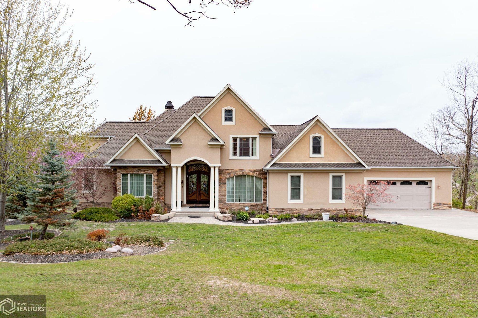 House in Burlington, Iowa, United States 1 - 11416668