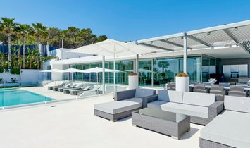 Villa in Santa Eulalia des Ríu, Balearic Islands, Spain 2