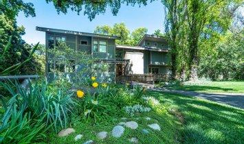 House in Modesto, California, United States 1