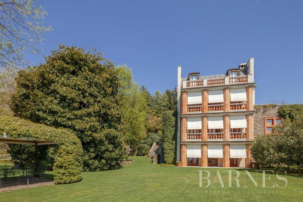 Villa in Verbania, Piedmont, Italy 1
