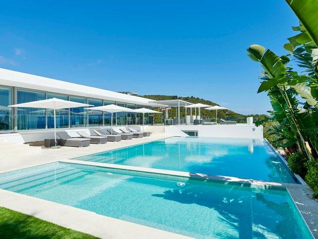Villa in Santa Eulalia des Ríu, Balearic Islands, Spain 1