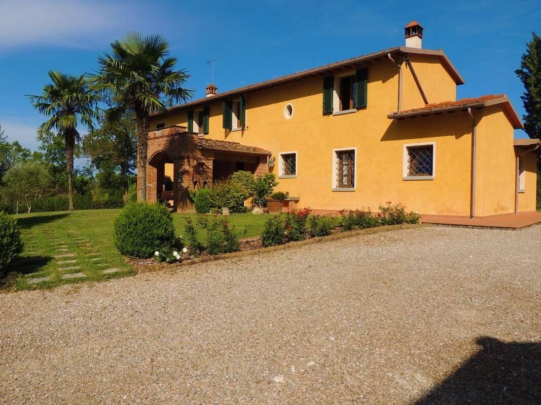 Fucecchio, Tuscany, Italy 1 - 11423469