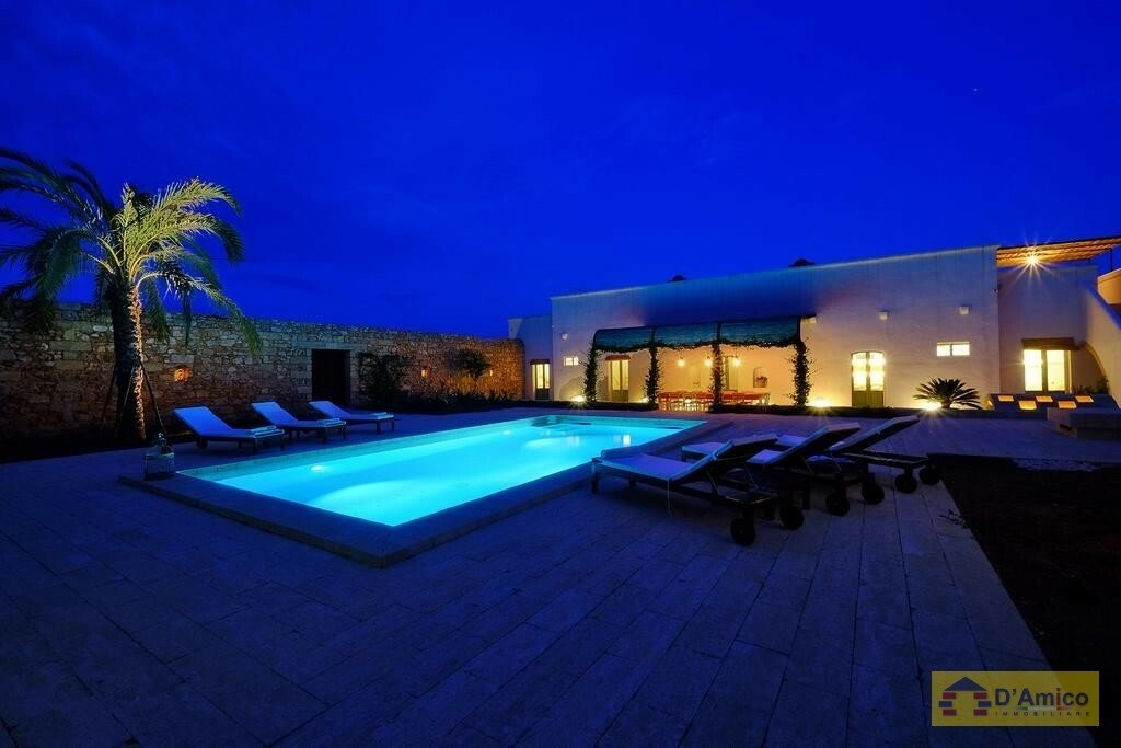 Villa in Salve, Apulia, Italy 1 - 11424952