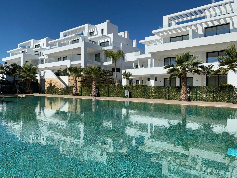Appartamento a Estepona, Andalusia, Spagna 1 - 11424903
