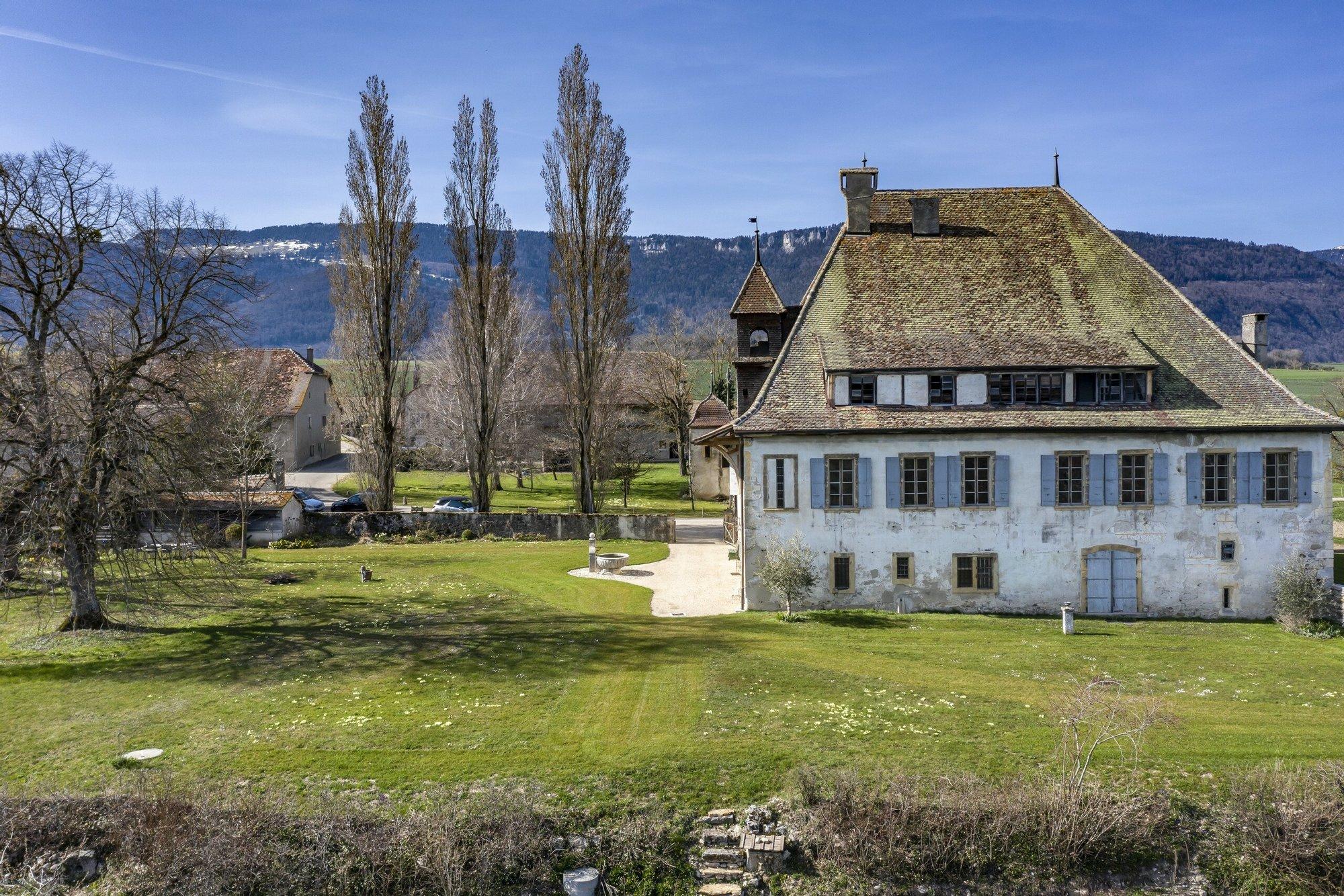 Champvent, Vaud, Switzerland 1 - 11424770