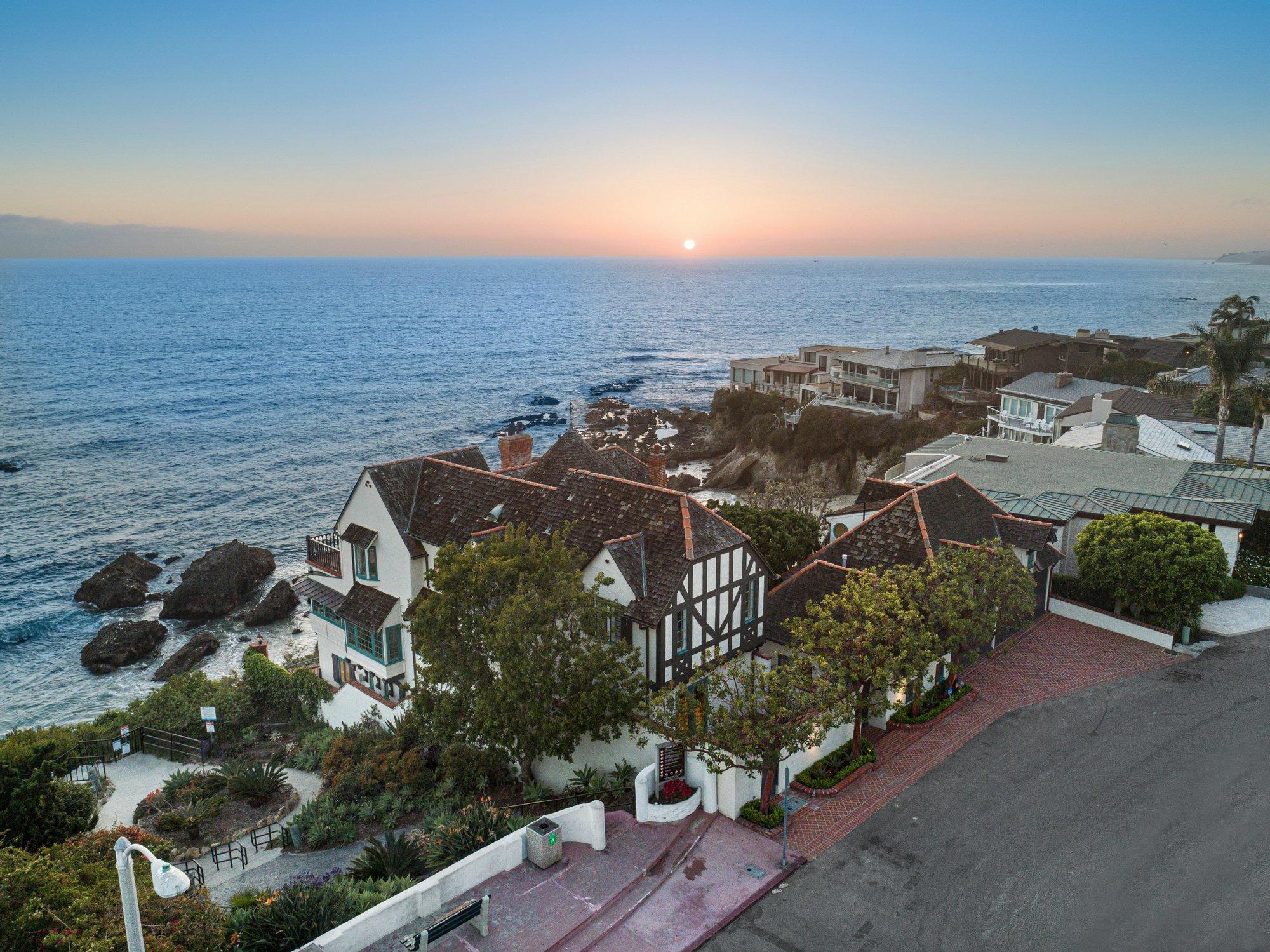Casa a Laguna Beach, California, Stati Uniti 1 - 11425283