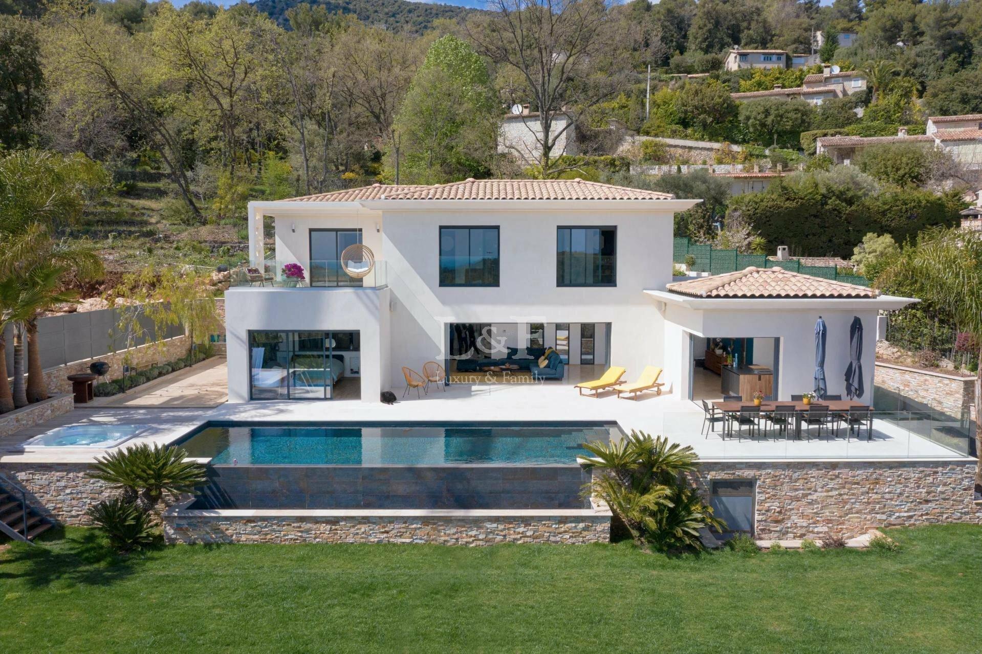 Villa a Vence, Provenza-Alpi-Costa Azzurra, Francia 1 - 11426166