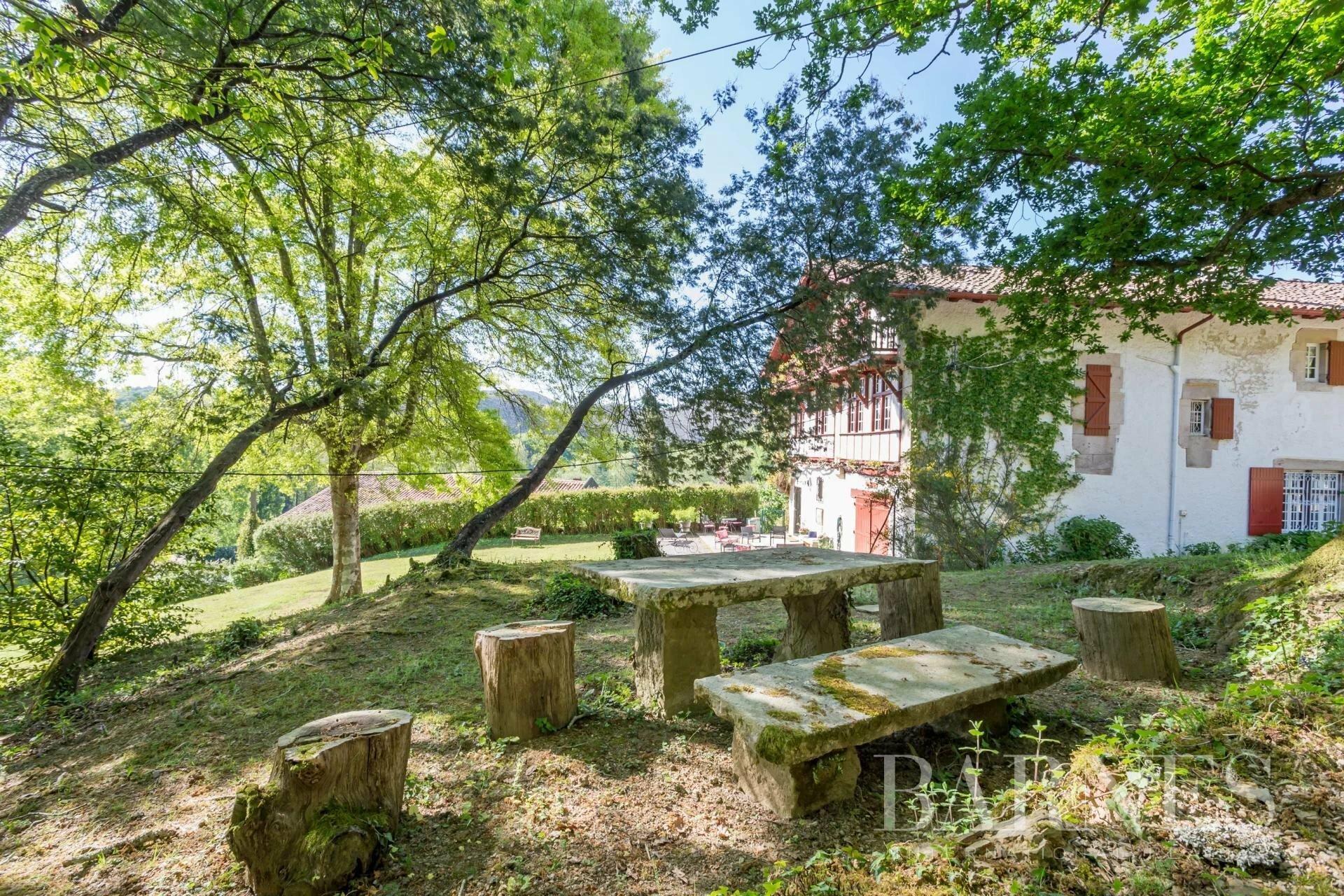 House in Saint-Pée-sur-Nivelle, Nouvelle-Aquitaine, France 1