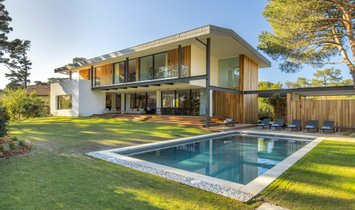 House in Biarritz, Nouvelle-Aquitaine, France 1