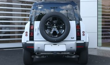 Land Rover Defender S