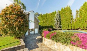 Haus in Oleiros, Galicien, Spanien 1