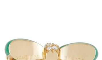 Van Cleef & Arpels Van Cleef & Arpels Vintage 18K Yellow Gold 0.19 ct Diamond And Chrysoprase Bow Ti