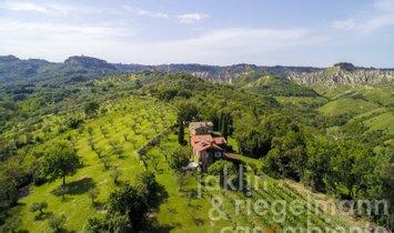 Дом в Баньореджо, Лацио, Италия 1