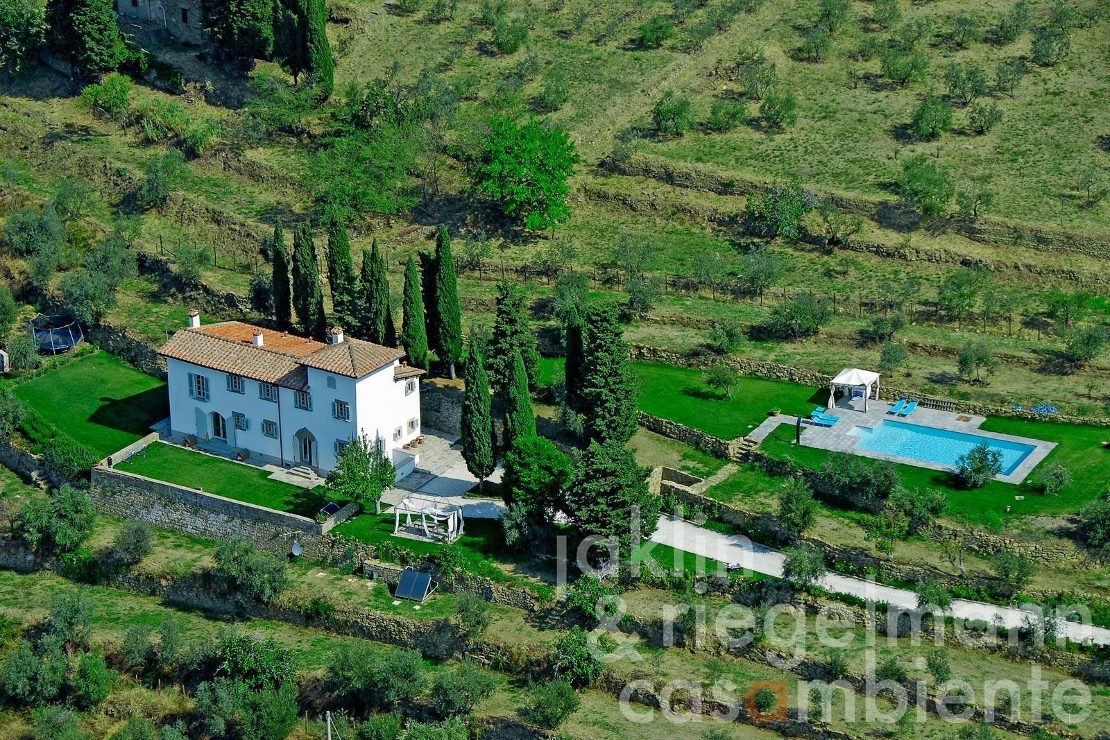 Estate in Reggello, Tuscany, Italy 1 - 11425625